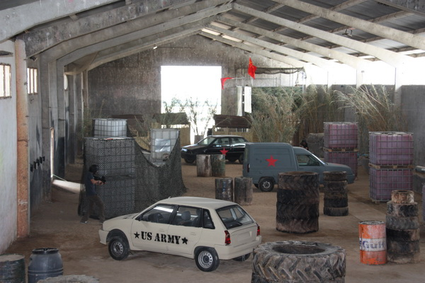 Campo Indoor de Laser Tag eCombat Madrid